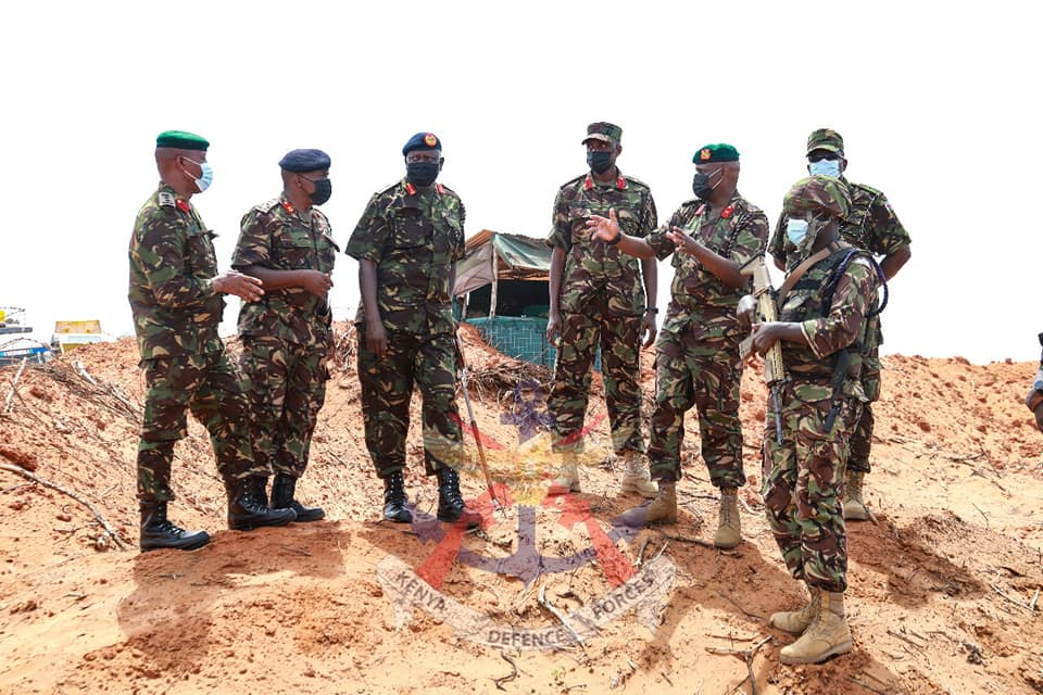 COMMANDER KENYA ARMY VISIT TROOPS IN CLOSE AND DEEP OPERATIONS