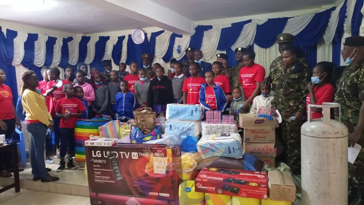 CORPS OF TRANSPORT VISIT CHILDREN'S HOME