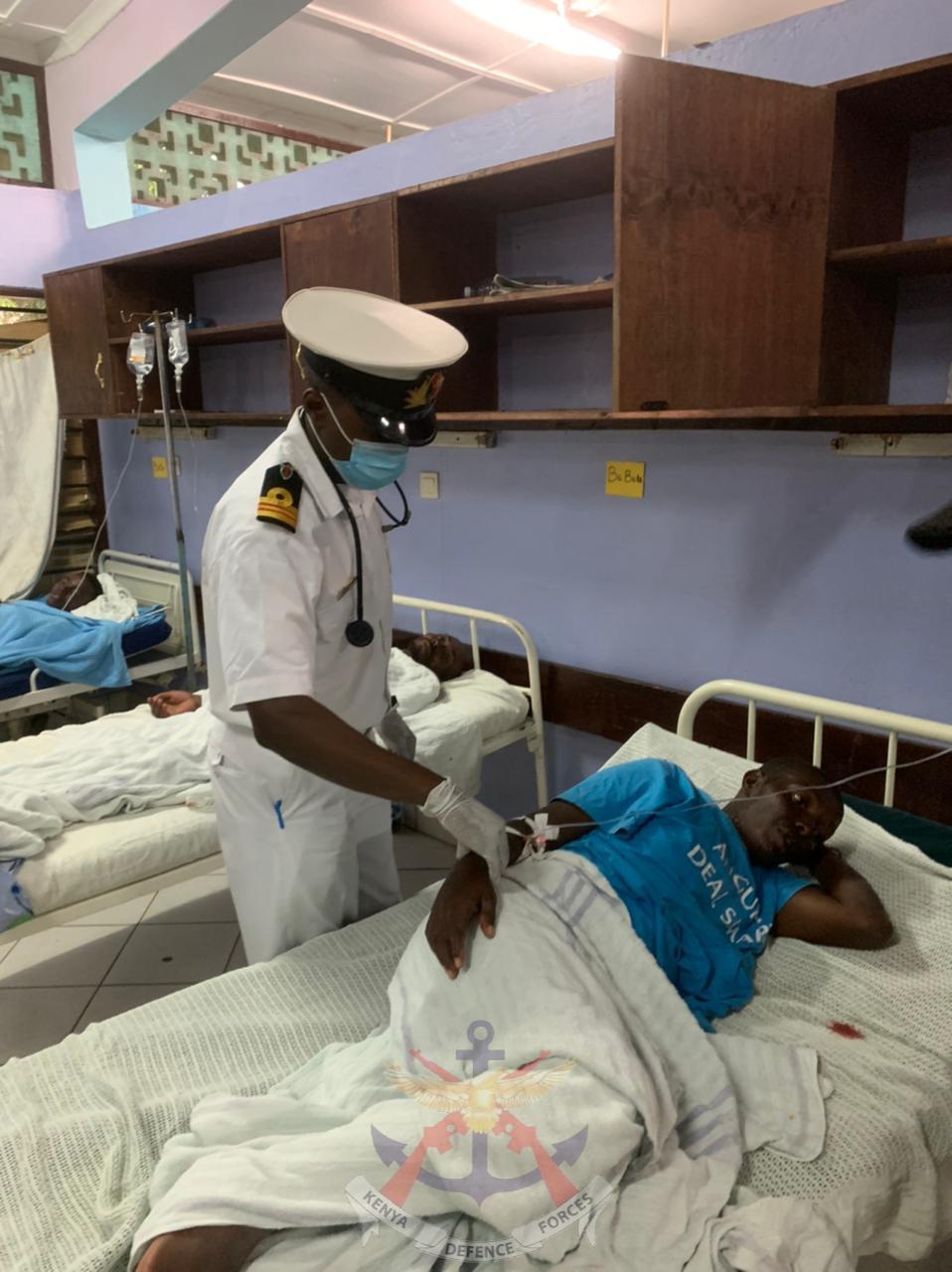 KENYA NAVY DOCTORS OFFER MEDICAL AID